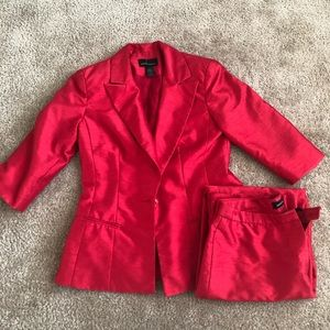 Silky Red suit